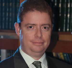 Dr. ALEJANDRO POCOROBA (Titular 240)