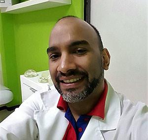 Dr. MATA BARRETO, GERARDO GABRIEL (587)