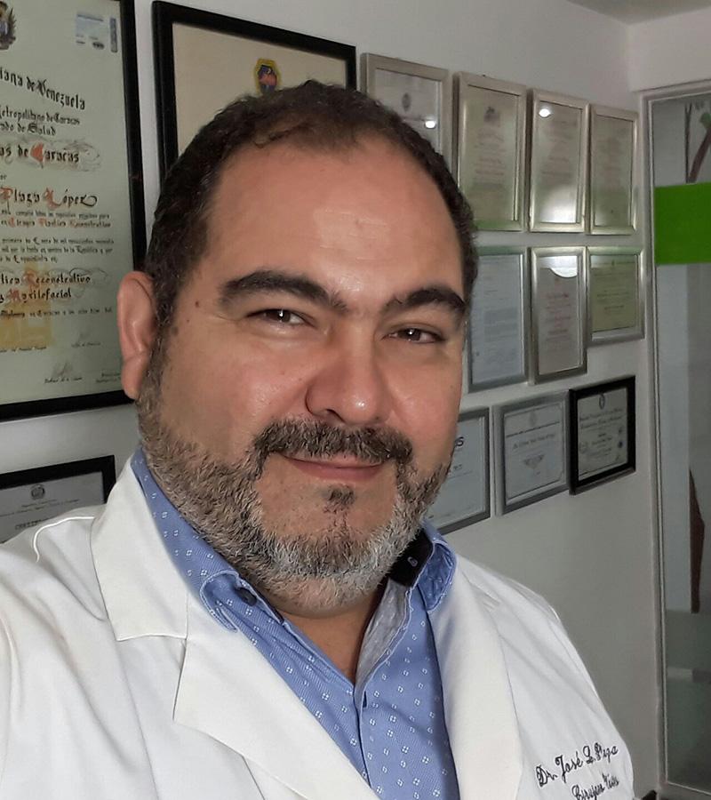 Dr. PLAZA L., JOSÉ LUIS (A-018)