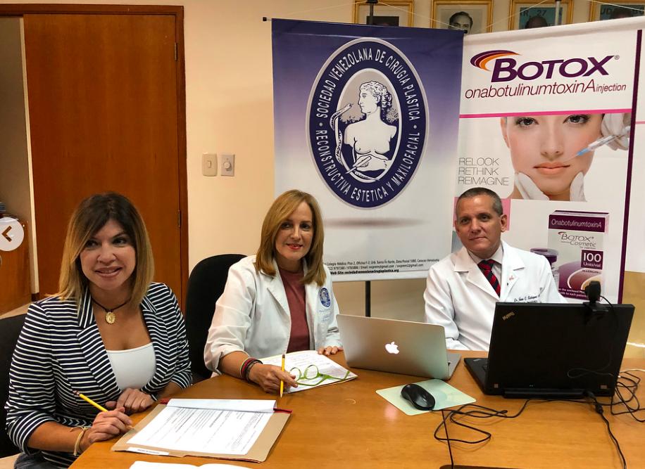 "Excelente webinar: ""Linfoma anaplásico de células grandes asociado a implantes mamarios"". Dr. Juan Carlos Rodríguez."